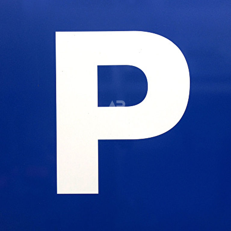 Emplacement de parking en Sous-Sol - CHATOU